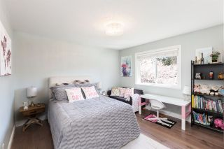 Photo 25: 2348 CHANTRELL PARK Drive in Surrey: Elgin Chantrell House for sale (South Surrey White Rock)  : MLS®# R2567795