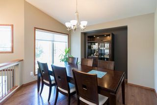 Photo 2: 140 Bridgetown Drive in Winnipeg: Royalwood Residential for sale (2J)  : MLS®# 202016170