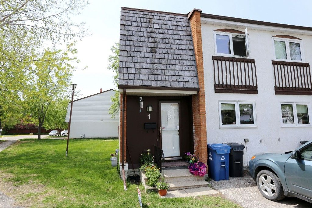 Photo 22: Photos: 1 1048 Buchanan Boulevard in Winnipeg: Crestview Townhouse for sale (West Winnipeg)  : MLS®# 1514156
