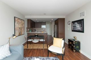 "Photo 5: 1905 125 COLUMBIA Street in New Westminster: Downtown NW Condo for sale in ""NORTHBANK"" : MLS®# R2255130"