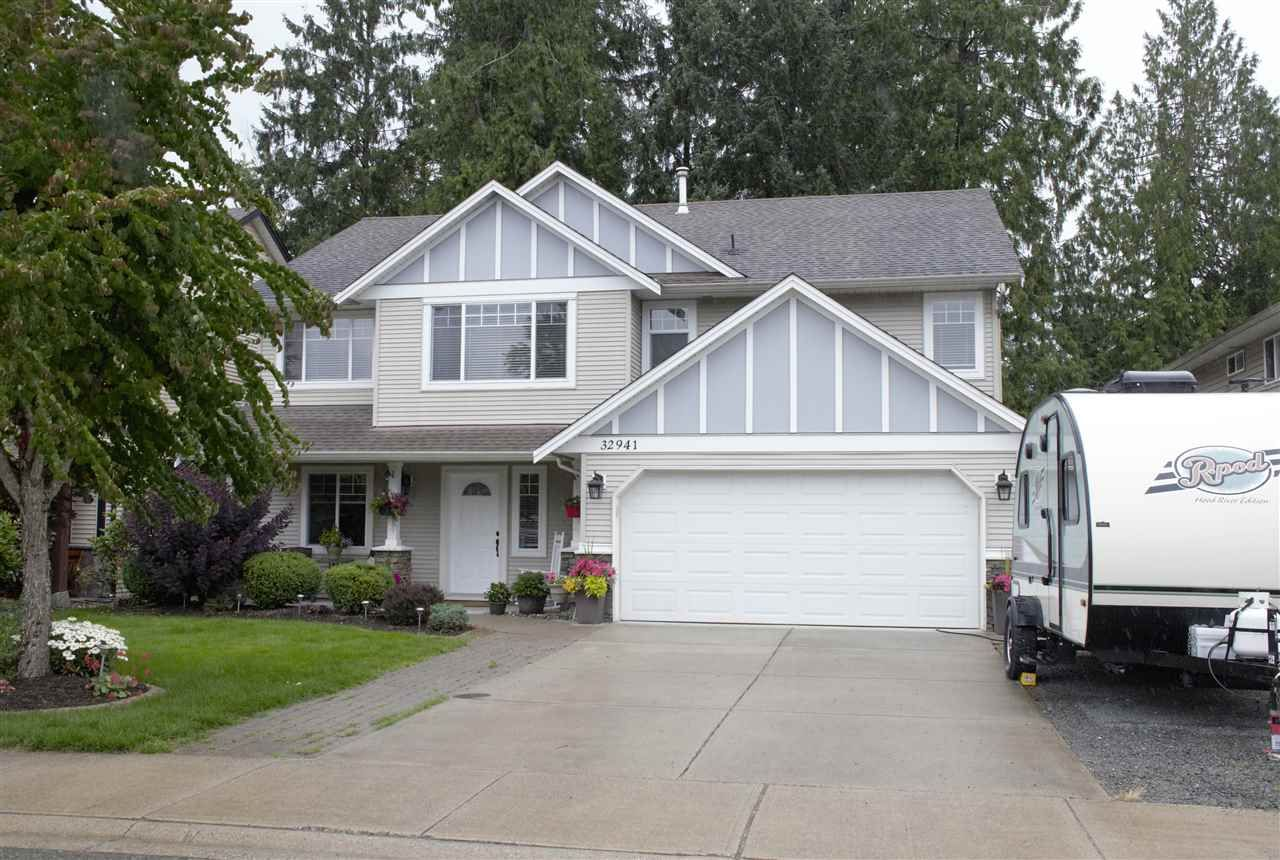 """Main Photo: 32941 BOOTHBY Avenue in Mission: Mission BC House for sale in """"Cedar Valley Estates"""" : MLS®# R2455545"""