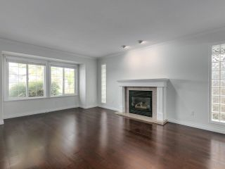Photo 4: 1216 PRETTY Court in New Westminster: Queensborough House for sale : MLS®# R2617375