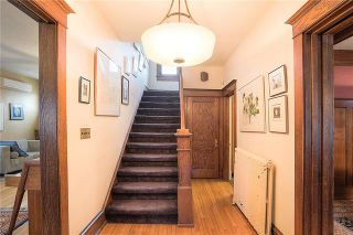 Photo 2: 1042 Grosvenor Avenue in Winnipeg: Single Family Detached for sale (1Bw)  : MLS®# 1918048