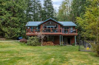 Photo 2: 12438 BELL Street in Mission: Stave Falls House for sale : MLS®# R2572802