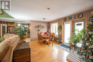 Photo 7: 22109 31 Avenue in Bellevue: House for sale : MLS®# A1055143