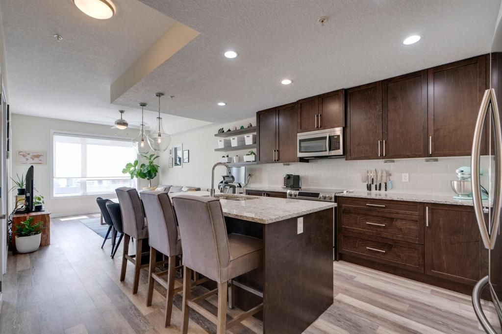 Main Photo: 309 8531 8A Avenue SW in Calgary: West Springs Apartment for sale : MLS®# A1121535