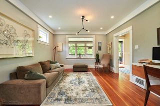 Photo 2: 2241 E PENDER Street in Vancouver: Hastings House for sale (Vancouver East)  : MLS®# R2169228