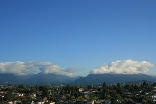 """Photo 4: 1506 3660 VANNESS Avenue in Vancouver: Collingwood VE Condo for sale in """"CIRCA"""" (Vancouver East)  : MLS®# R2307116"""