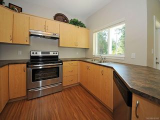 Photo 7: 3392 Merlin Rd in Langford: La Luxton House for sale : MLS®# 616100