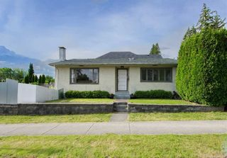 Main Photo: 356 W 23RD Street in North Vancouver: Central Lonsdale House for sale : MLS®# R2530666