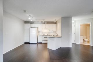 Photo 6: 318 10 Sierra Morena Mews SW in Calgary: Signal Hill Apartment for sale : MLS®# A1082577