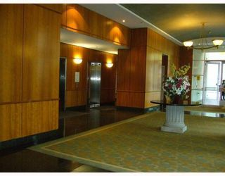 """Photo 2: 1010 438 SEYMOUR Street in Vancouver: Downtown VW Condo for sale in """"CONFERENCE PLAZA"""" (Vancouver West)  : MLS®# V810874"""