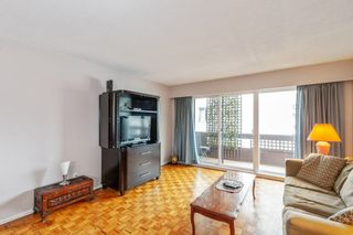 """Photo 3: 307 2025 W 2ND Avenue in Vancouver: Kitsilano Condo for sale in """"THE SEABREEZE"""" (Vancouver West)  : MLS®# R2620558"""