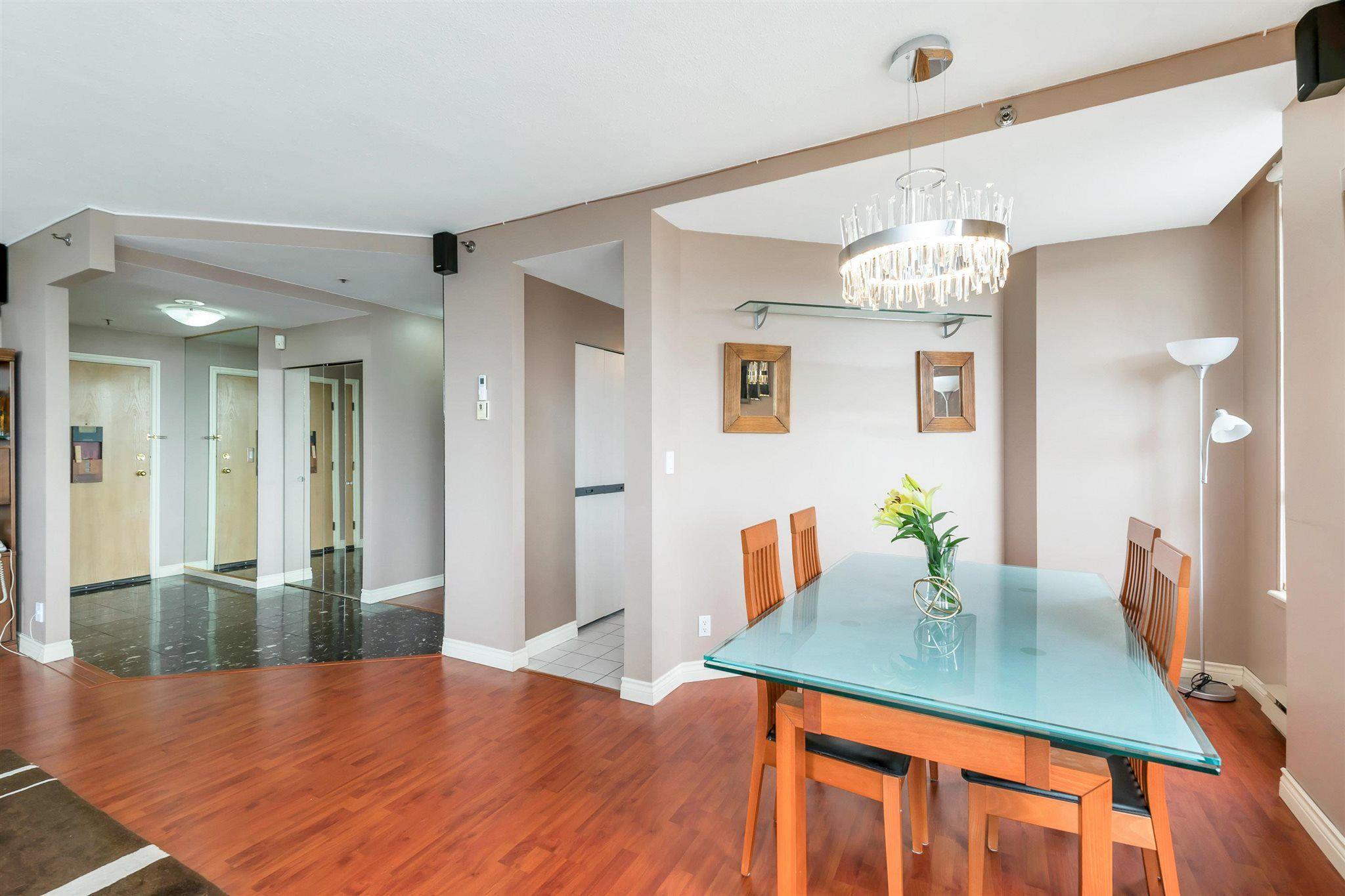 "Photo 7: Photos: 1401 728 FARROW Street in Coquitlam: Coquitlam West Condo for sale in ""THE VICTORIA"" : MLS®# R2615321"