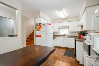 """Photo 3: 1 10980 NO 2 Road in Richmond: Woodwards Townhouse for sale in """"Barclay Court"""" : MLS®# R2613168"""