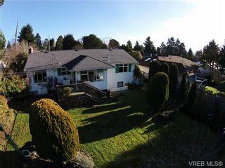 Photo 4: 2988 Eastdowne Rd in VICTORIA: OB Henderson House for sale (Oak Bay)  : MLS®# 689873
