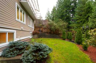 Photo 4: 1041 PROSPECT Avenue in North Vancouver: Canyon Heights NV House for sale : MLS®# R2591433