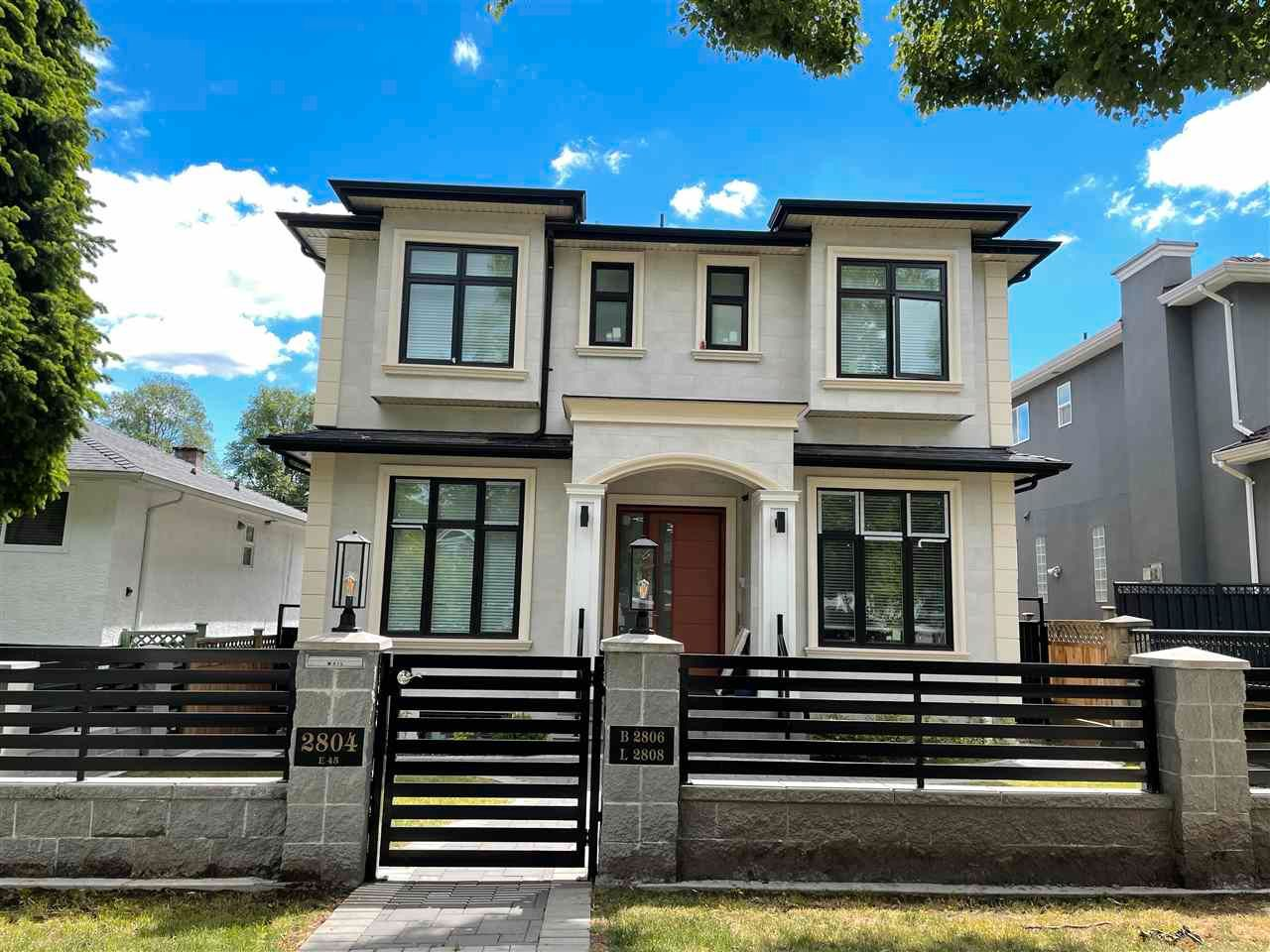 Main Photo: 2804 E 45TH Avenue in Vancouver: Killarney VE House for sale (Vancouver East)  : MLS®# R2590297