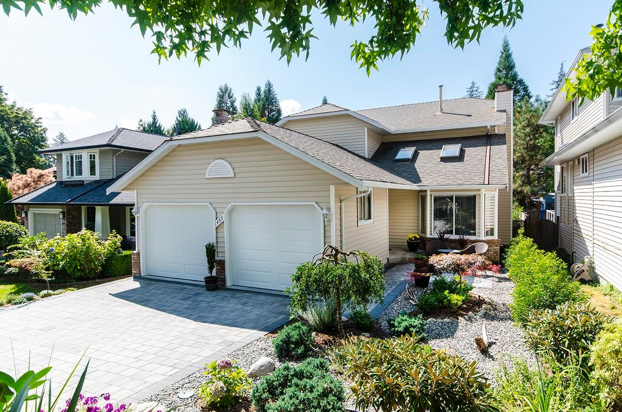 Main Photo: 1497 NORTON Court in North Vancouver: Indian River House for sale : MLS®# R2611766