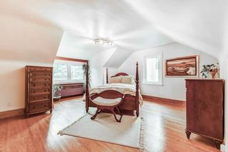 Photo 19: 50 S Grenview Boulevard in Toronto: Stonegate-Queensway House (1 1/2 Storey) for sale (Toronto W07)  : MLS®# W5323220