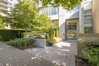 """Photo 2: 101 9222 UNIVERSITY Crescent in Burnaby: Simon Fraser Univer. Condo for sale in """"ALTAIRE"""" (Burnaby North)  : MLS®# R2614523"""