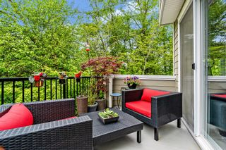 """Photo 4: 53 15588 32 Avenue in Surrey: Grandview Surrey Townhouse for sale in """"THE WOODS"""" (South Surrey White Rock)  : MLS®# R2577996"""