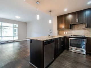 """Photo 5: 201 2465 WILSON Avenue in Port Coquitlam: Central Pt Coquitlam Condo for sale in """"ORCHID RIVERSIDE"""" : MLS®# R2469376"""