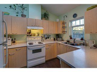 "Photo 5: # 61 1821 WILLOW CR in Squamish: Garibaldi Estates Townhouse for sale in ""GARIBALDI ESTATES -Willow Villa"" : MLS®# V1045159"