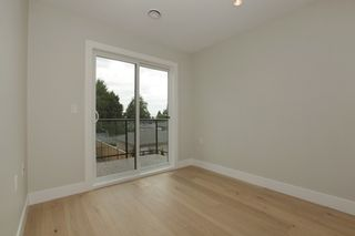 Photo 11: 231 W 19TH Street in North Vancouver: Central Lonsdale 1/2 Duplex for sale : MLS®# R2202845