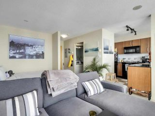 """Photo 8: 2506 501 PACIFIC Street in Vancouver: Downtown VW Condo for sale in """"THE 501"""" (Vancouver West)  : MLS®# R2579990"""