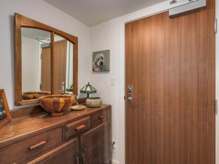 """Photo 2: 375 2080 W BROADWAY in Vancouver: Kitsilano Condo for sale in """"PINNACLE LIVING ON BROADWAY"""" (Vancouver West)  : MLS®# R2211453"""