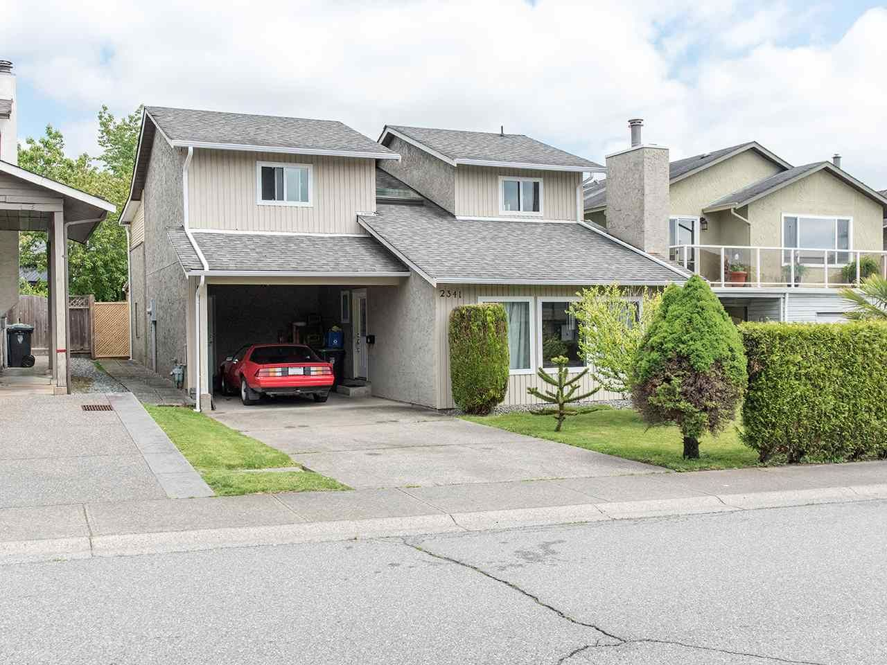 """Main Photo: 2341 WAKEFIELD Drive in Langley: Willoughby Heights House for sale in """"Willoughby Heights"""" : MLS®# R2371963"""