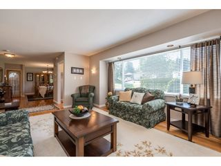 """Photo 7: 82 CLOVERMEADOW Crescent in Langley: Salmon River House for sale in """"Salmon River"""" : MLS®# R2485764"""