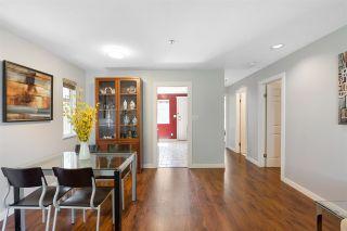 Photo 3: 2564 ADANAC Street in Vancouver: Renfrew VE House for sale (Vancouver East)  : MLS®# R2592836