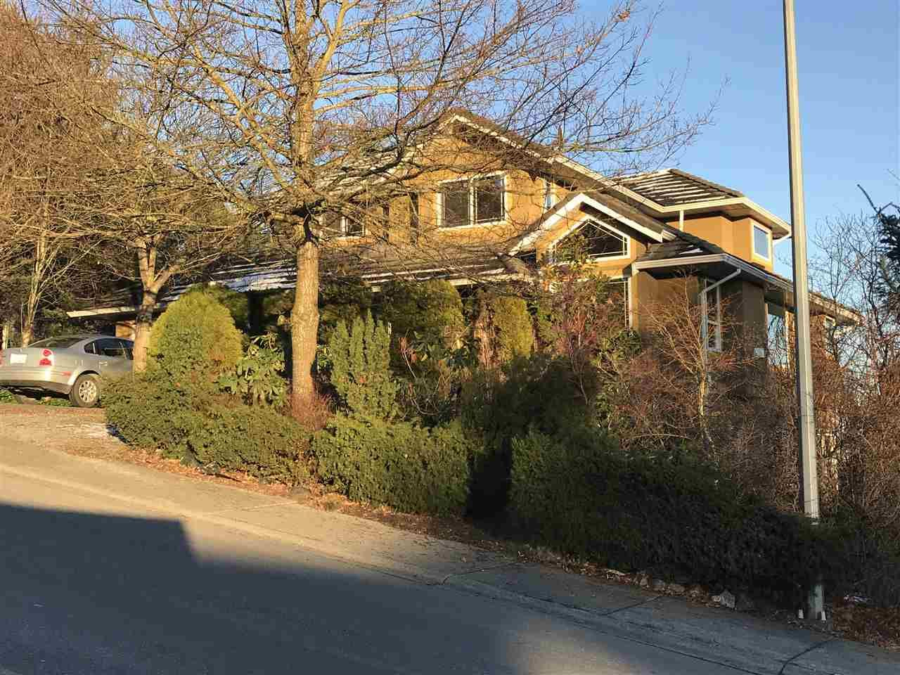 Main Photo: 8060 COLEMAN Street in Mission: Hatzic House for sale : MLS®# R2229218