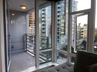 "Photo 6: 915 8800 HAZELBRIDGE Way in Richmond: West Cambie Condo for sale in ""CONCORD GARDENS SOUTH ESTATES"" : MLS®# R2485105"