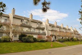 Photo 2: 311 10461 Resthaven Dr in : Si Sidney North-East Condo for sale (Sidney)  : MLS®# 882605