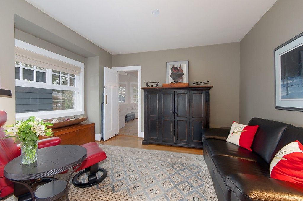 Photo 6: Photos: 4363 W 14TH Avenue in Vancouver: Point Grey House for sale (Vancouver West)  : MLS®# R2135584