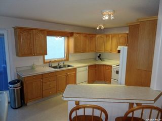 Photo 8: 476 Charlton Place North in Regina: Westhill RG Residential for sale : MLS®# SK713407