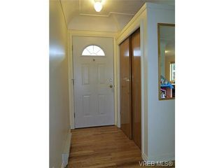Photo 2: 940 Green Street in VICTORIA: Vi Central Park Residential for sale (Victoria)  : MLS®# 331011