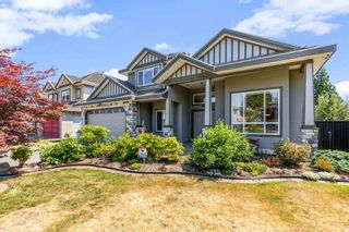 Photo 3: 9926 159 Street in Surrey: Guildford House for sale (North Surrey)  : MLS®# R2601106