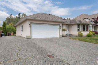 "Photo 2: 44389 ELSIE Place in Chilliwack: Sardis West Vedder Rd House for sale in ""Petersburg"" (Sardis)  : MLS®# R2564238"