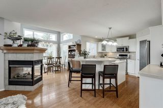 Photo 6: 70 ROYAL CREST Way NW in Calgary: Royal Oak Detached for sale : MLS®# C4237802