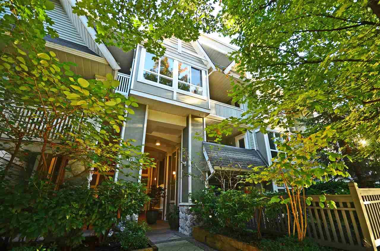 """Main Photo: 201 1111 LYNN VALLEY Road in North Vancouver: Lynn Valley Condo for sale in """"The Dakota"""" : MLS®# R2506817"""