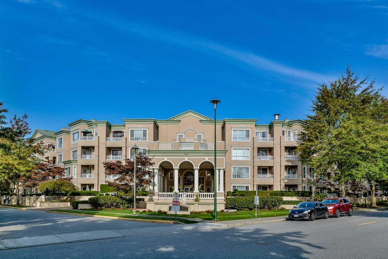 Main Photo: 303 2995 PRINCESS CRESCENT in Coquitlam: Canyon Springs Condo for sale : MLS®# R2114437
