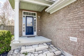 Photo 2: 33 Peer Drive in Guelph: Kortright Hills House (2-Storey) for sale : MLS®# X5233146
