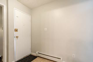 Photo 5: 9 13570 38 Street in Edmonton: Zone 35 Townhouse for sale : MLS®# E4262797