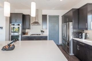 Photo 7: 2728 WATCHER Way in Edmonton: Zone 56 House for sale : MLS®# E4262374