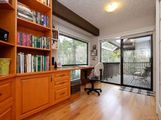 Photo 17: 961 Sunnywood Crt in VICTORIA: SE Broadmead House for sale (Saanich East)  : MLS®# 741760