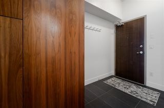 """Photo 3: 607 33 W PENDER Street in Vancouver: Downtown VW Condo for sale in """"33 LIVING"""" (Vancouver West)  : MLS®# R2572054"""